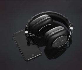 bowers-wilkins-p7-wireless-2