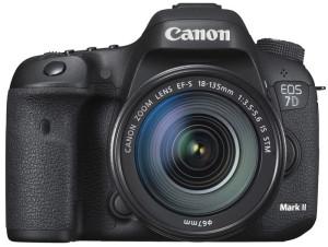 Лучший фотоаппарат 2019 Canon EOS 7D Mark II Kit