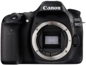 Лучший фотоаппарат 2019 Canon EOS 80D Kit